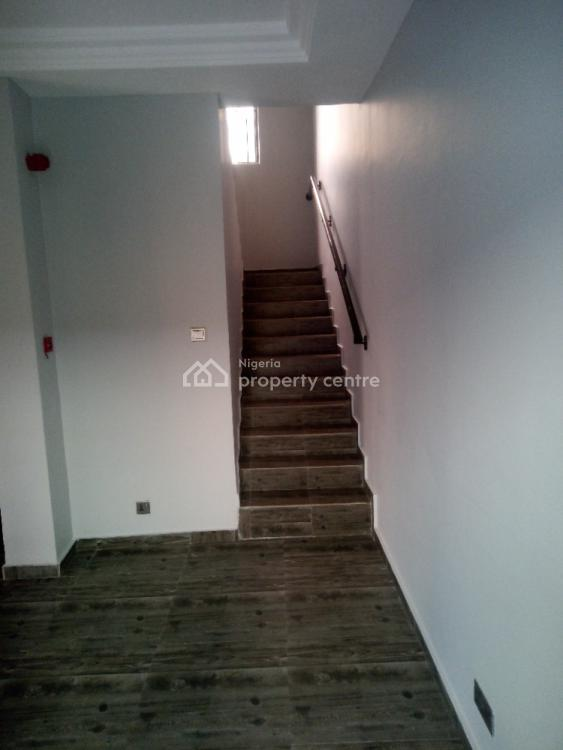 4 Bedrooms Serviced Town House with 2 Bqs, Lekki Right, Lekki Phase 1, Lekki, Lagos, Terraced Duplex for Sale