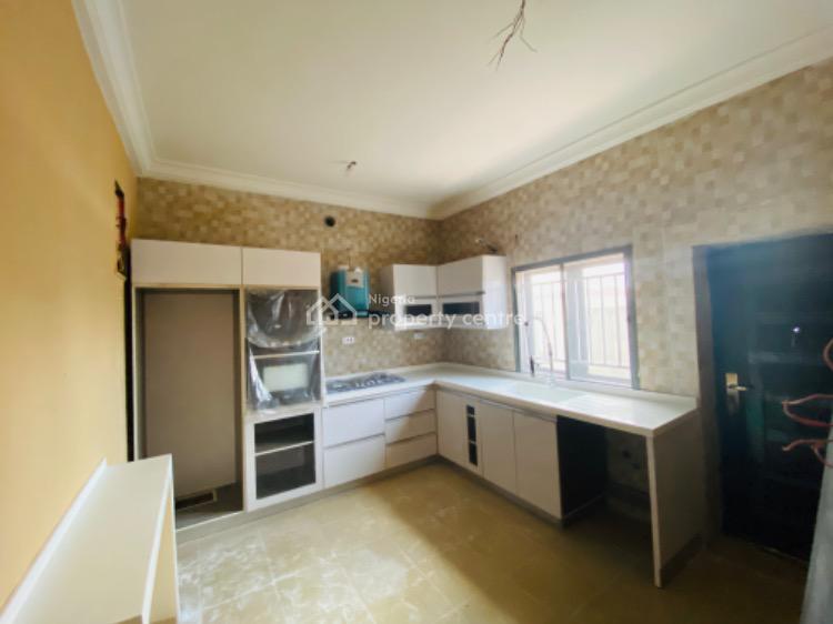 4 Bedrooms Luxury Terraced Duplex with a Boys Quarter, Osapa, Lekki, Lagos, Terraced Duplex for Sale