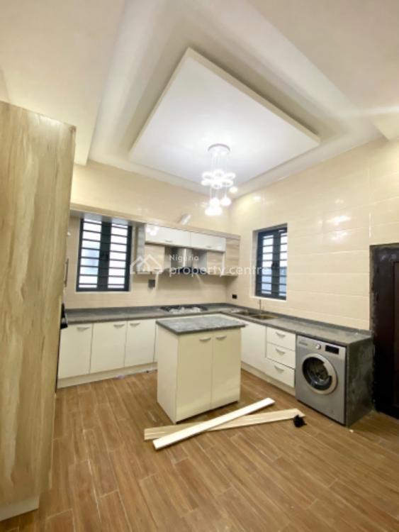 Spacious 5 Bedroom Detached Duplex with Bq., Chevron, Lekki, Lagos, Detached Duplex for Sale