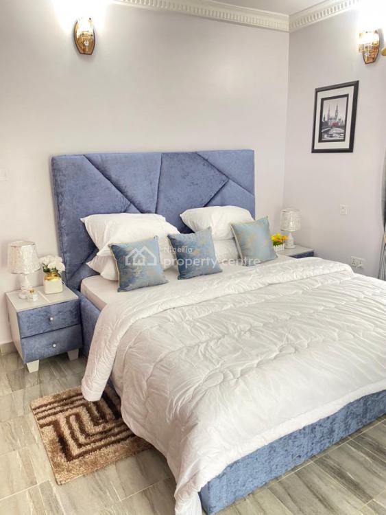 La-vida : 3 Bedrooms with Soccer Table, Lekki Phase 1, Lekki, Lagos, Flat Short Let