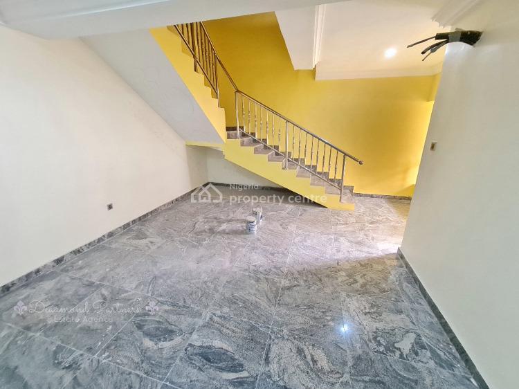 7 Bedroom Semidetached + 2 Bq  Duplex., Lekki Phase 1, Lekki, Lagos, Semi-detached Duplex for Rent