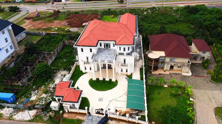 Humongous 6 Bedrooms Mansion with 2 Domestic Rooms + S Pool & More, Guzape District, Abuja, Detached Duplex for Sale