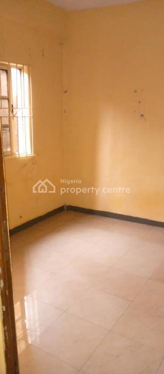 a Very Spacious 2 Bedroom, Close to Adekunle, Ebute Metta East, Yaba, Lagos, Flat for Rent