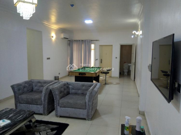 Serene Comfortable 3 Bedroom Apartment, Spar Road, Ikate, Lekki, Lagos, Flat Short Let