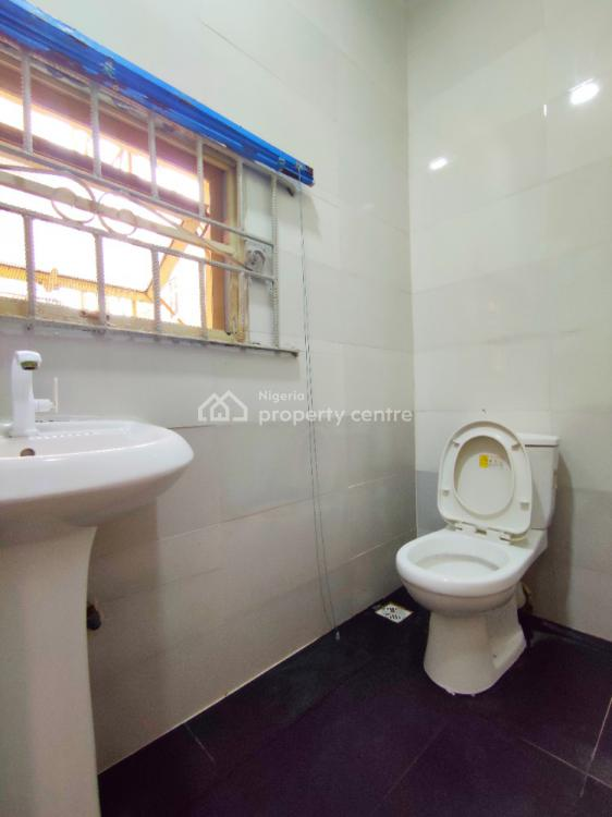 Massive and Luxuriously Finished Miniflat with 2 Toilets. 18 H Gentime, Off Admiralty Way, Lekki Phase 1, Lekki, Lagos, Mini Flat for Rent