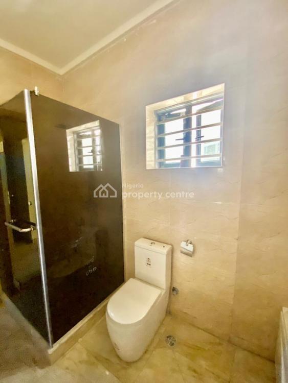 4 Bedrooms Terraced Duplex, Lafiaji, Lekki, Lagos, Semi-detached Duplex for Sale