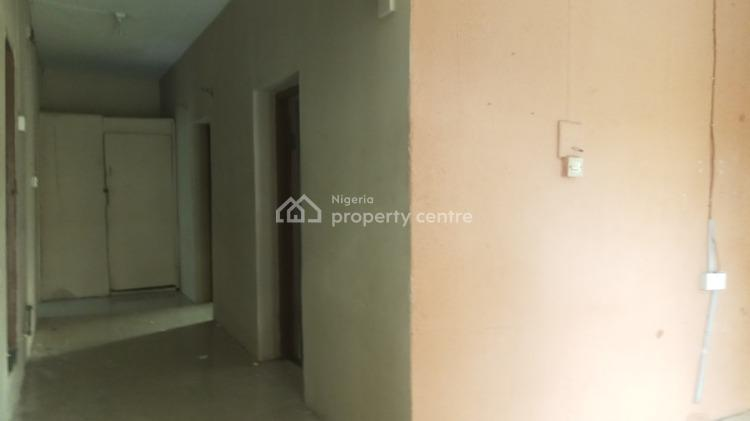 Nice Lovely Three Bedroom, Yaba, Lagos, Flat for Rent