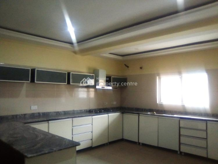 Luxurious 4 Bedrooms Terrace, Chisco, Ikate, Lekki, Lagos, Terraced Duplex for Sale