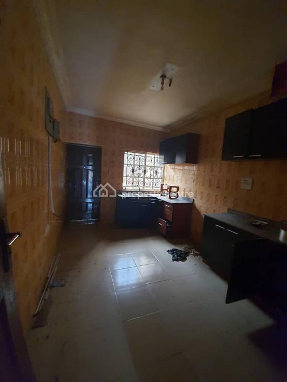 Executive 3 Bedroom Flat, Gra, Omole Phase 2, Ikeja, Lagos, Flat for Rent