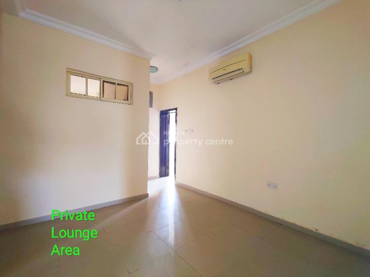 Well Maintained 2 Bedroom Penthouse with Bq, Generator, Off Admiralty Way, Lekki Phase 1, Lekki, Lagos, Flat for Rent