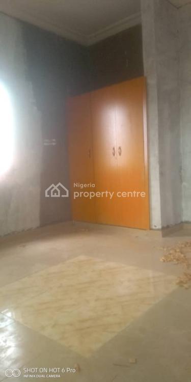 Beautiful 2 Bedrooms En-suite with Wardrobes, Pop, Carpark, Off Morris Road ( Yabatech Back Gate), Abule Oja, Yaba, Lagos, Flat for Rent