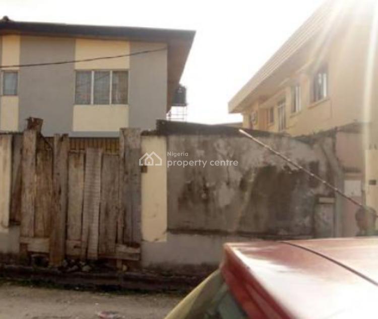 5 Bedroom Duplex, Isawu Adewale Street, Surulere, Lagos, Detached Duplex for Sale