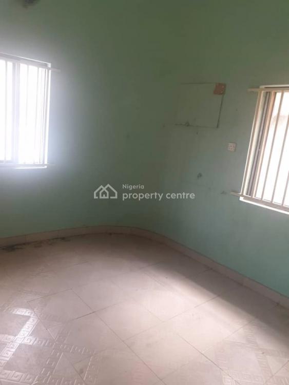 Nice 3 Bedrooms Apartment, Off Adetola Street, Aguda, Surulere, Lagos, Flat for Rent