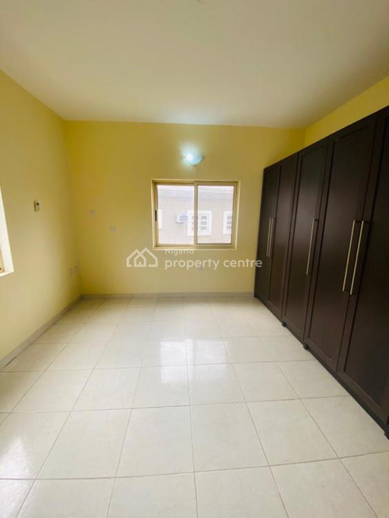 Serviced 3 Bedroom Terrace with a Bq, Lekki Phase 1, Lekki, Lagos, Mini Flat for Rent