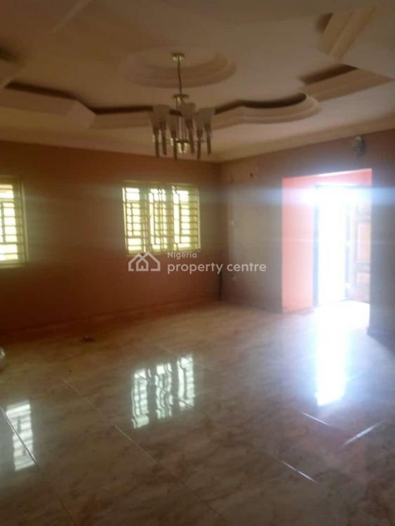 3 Bedrooms Flat, Magodo Phase One, Isheri, Gra, Magodo, Lagos, Flat for Rent
