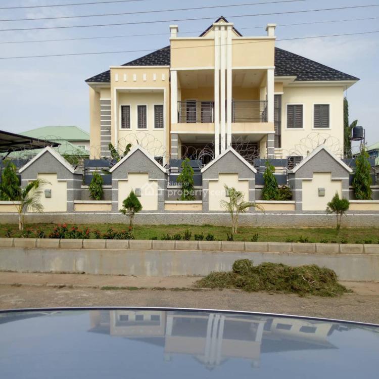 6 Bedroom Flat, Gwarinpa, Abuja, Block of Flats for Sale
