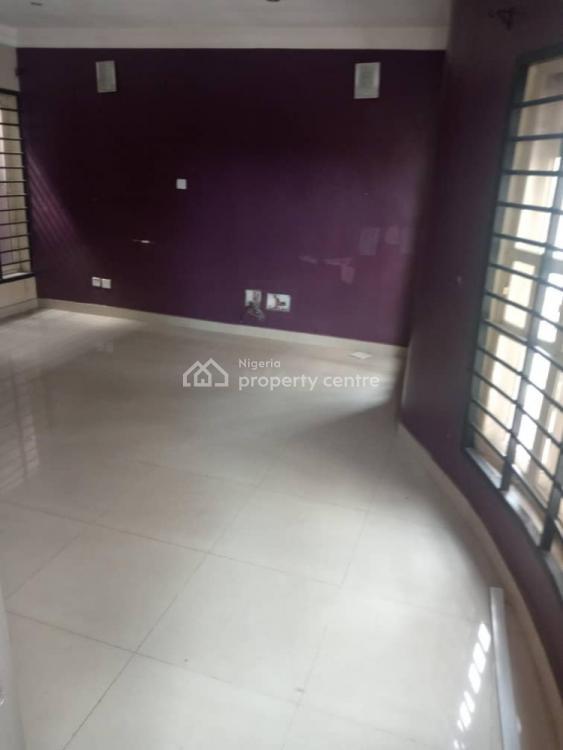 Exquisitely 4 Bedrooms Terrace Duplex, Yabatech Gra,, Yaba, Lagos, Terraced Duplex for Sale