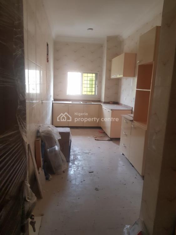2 Bedroom Flat, Chevron, Lekki Expressway, Lekki, Lagos, Flat for Rent