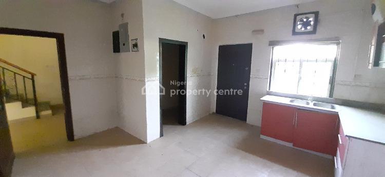 4 Bedroom Townhouse Duplex with Bq, Serviced Estate, Ikate, Lekki, Lagos, Terraced Duplex for Sale