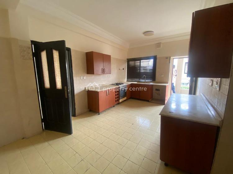 3 Bedrooms Flat and Small Room Bq, Lekki Phase 1, Lekki, Lagos, Flat for Rent
