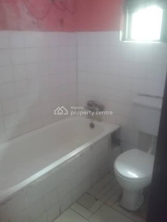 Very Spacious Room Self Contained in a Shared Apartment (to Share Kitchen), Off Admiralty Way, Lekki Phase 1, Lekki, Lagos, Self Contained (single Rooms) for Rent