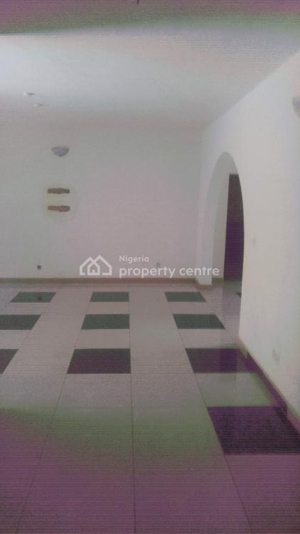 Spacious 3 Bedrooms Flat, Okeira-nla Through Alasia, Oke Ira, Ajah, Lagos, Flat for Rent
