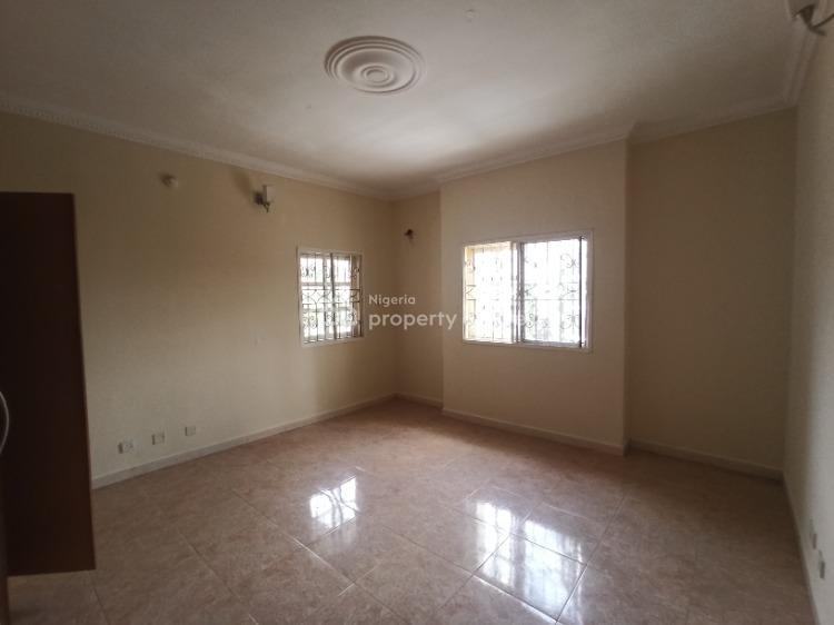 Nicely Built Three Bedrooms Flat, Lekki Phase 1, Lekki, Lagos, Flat for Rent