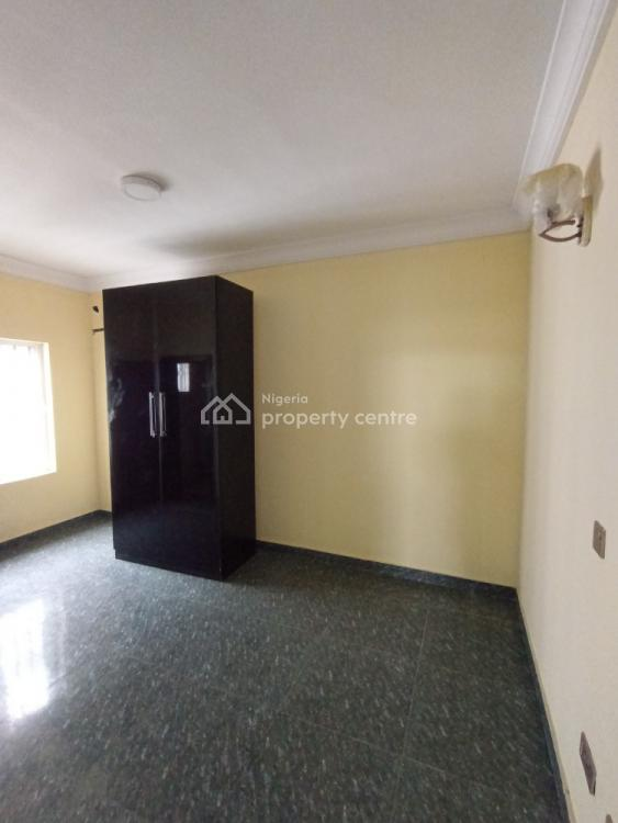Luxury 3 Bedrooms Pent House, Off Orchid Road, Lafiaji, Lekki, Lagos, Flat for Rent