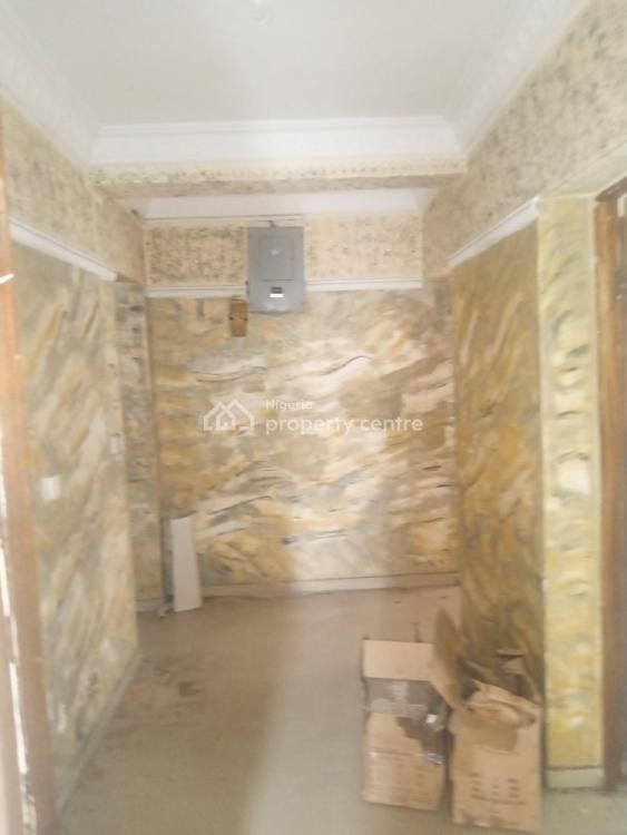 Nice and Spacious Decent 3 Bedroom Flat., Off Adetola Street., Aguda, Surulere, Lagos, Flat for Rent