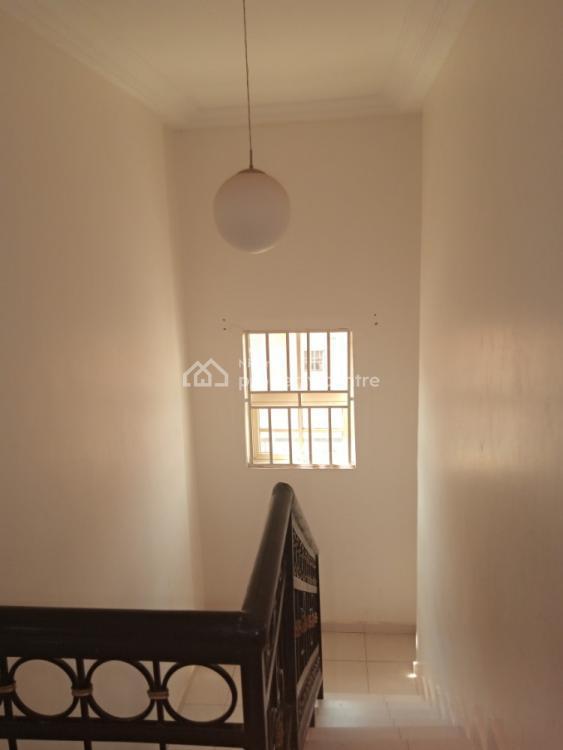 4 Bedroom with 2 Bq, Gaduwa, Abuja, Detached Duplex for Rent