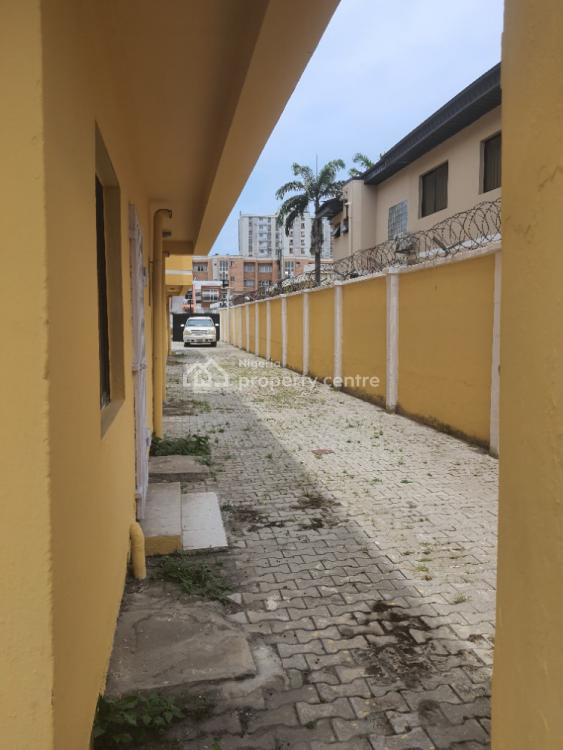 Terrace Triplex, Club Road, Ikoyi, Lagos, Hotel / Guest House for Rent