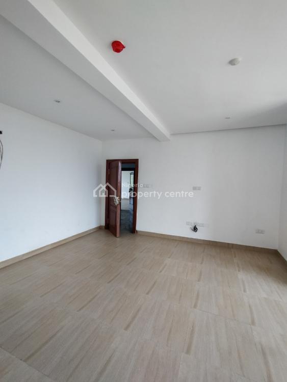 Beach View 3 Bedroom Plus Bq Fully Serviced., Atlantic View Estate, New Road, Igbo Efon, Lekki, Lagos, Flat for Sale