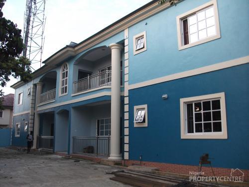 for rent 4 no 3 bedroom apartment flat obi wali road rumuigbo