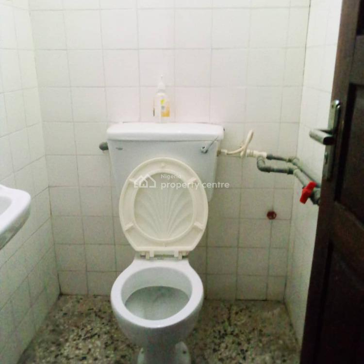 Lovely 3 Bedroom All Rooms Ensuite Flat with Car Park & Prepaid Meter, Yaba, Lagos, Flat for Rent