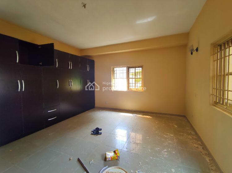 3 Bedroom Apartment with Bq. Gym House. 24 Hours Electricity, Lekki Phase 1, Lekki, Lagos, Flat for Rent