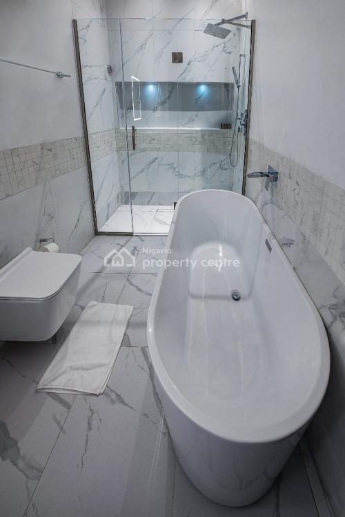 Luxury 3 Bedrooms Penthouse with Open Terrace, Admiralty Road, Lekki, Lagos, Flat Short Let