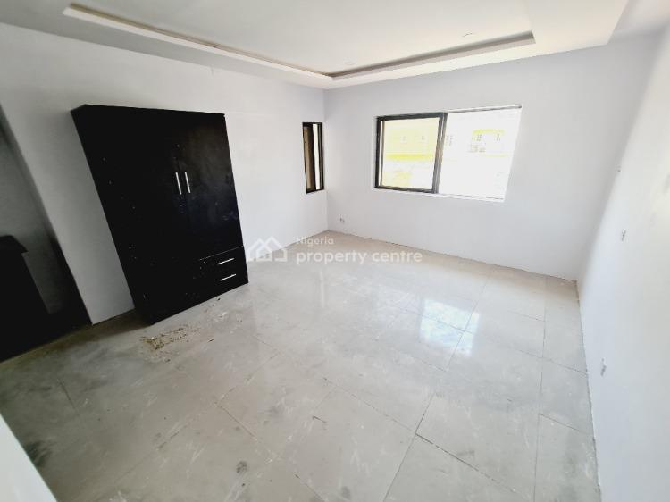 Self Contained Serviced + Balcony, Lekki Phase 1, Lekki, Lagos, Self Contained (single Rooms) for Rent