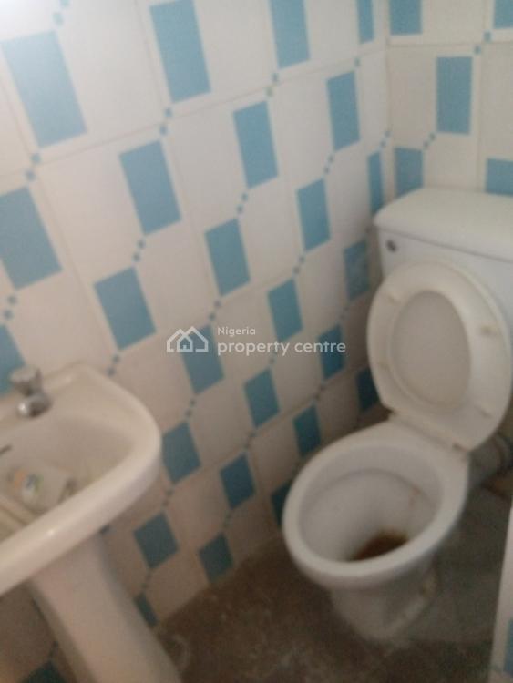 2 Bedrooms Flat, Adewole Kuku, Lekki Phase 1, Lekki, Lagos, Flat for Rent