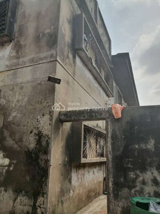 16 Rooms Tenement Building, Idi Osan Area, Iwo Road., Ibadan, Oyo, Block of Flats for Sale