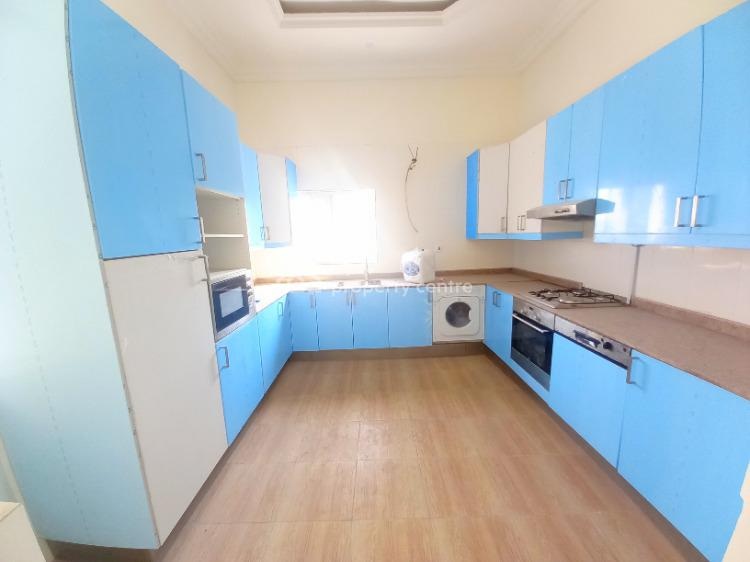 Massive 3 Bedrooms Flat, Lekki Phase 1, Lekki, Lagos, Flat for Rent