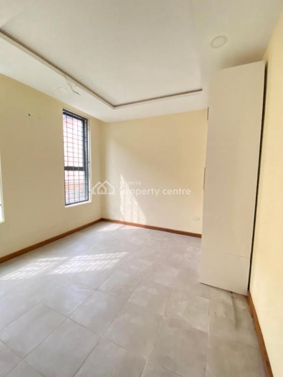 Luxury 3 Bedrooms Apartment, Ikate, Lekki Phase 1, Lekki, Lagos, Block of Flats for Sale