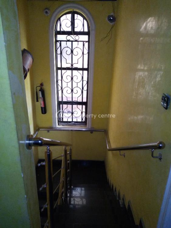 17 Rooms Standard Hotel, Off Ogunlana Drive, Surulere, Lagos, Hotel / Guest House for Sale