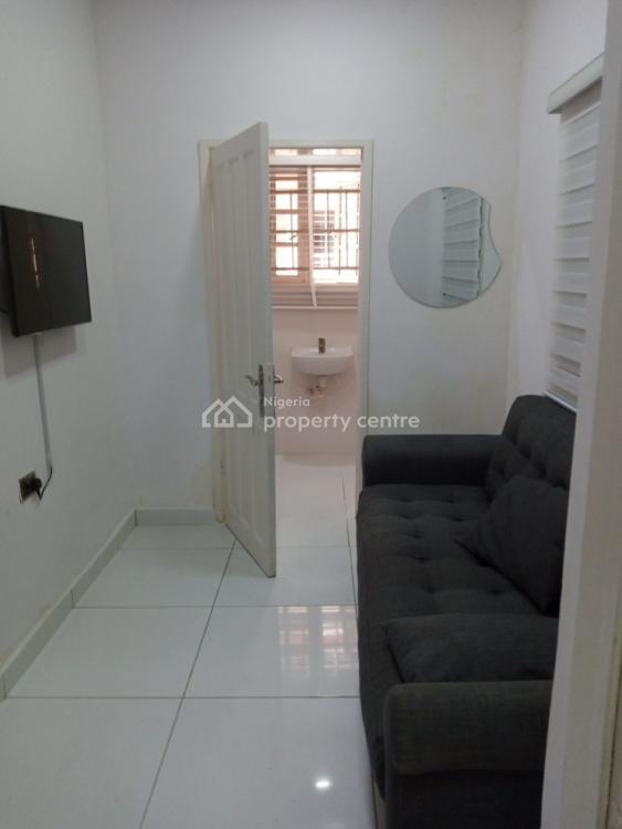 Executive Serviced Mini Flat, Oduloye Street, Off Mabogunje, Oniru, Victoria Island (vi), Lagos, Mini Flat for Rent