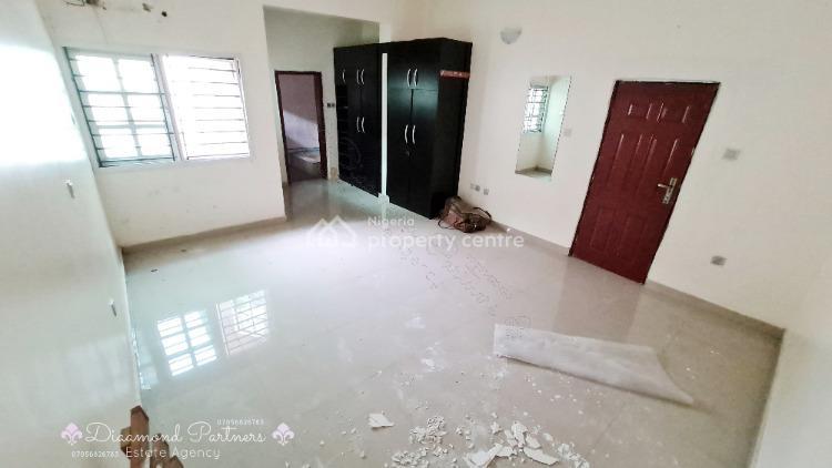 3 Bedroom Flat, Off Admiralty Way, Lekki Phase 1, Lekki, Lagos, Flat for Rent