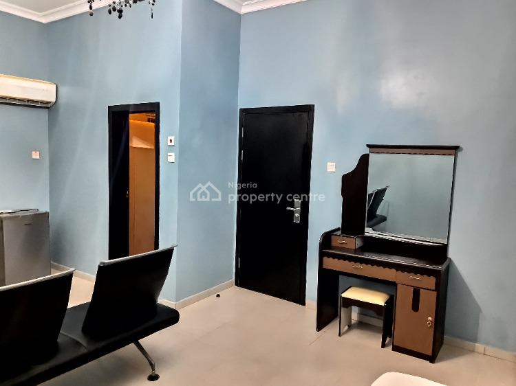 Luxury Executive Masters Room, Hopeville, Lekki, Lagos, Self Contained (single Rooms) Short Let
