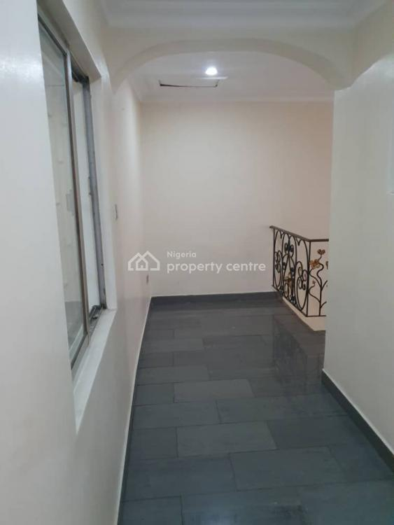 Lovely and Spacious 5 Bedroom Fully Detached House, Maryland Estate, Maryland, Lagos, Detached Duplex for Rent