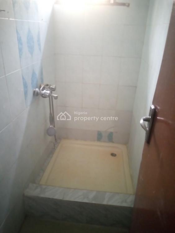 2 Bedrooms Flat, Hakeem Dickson Street, Lekki Phase 1, Lekki, Lagos, Flat for Rent