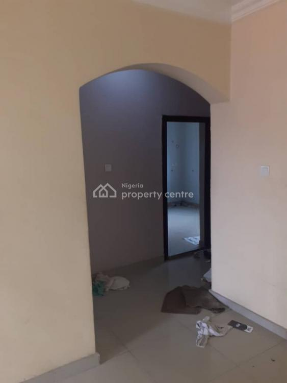 Clean 2 Bedroom Flat Upstairs, Ologolo, Jakande, Lekki, Lagos, Flat for Rent