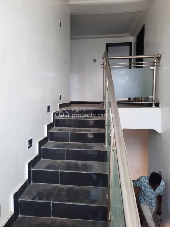 6 Bedroom Mansion with 3 Front Room, Agunfoye Road Akanun Adamo, Ikorodu, Lagos, Detached Duplex for Sale