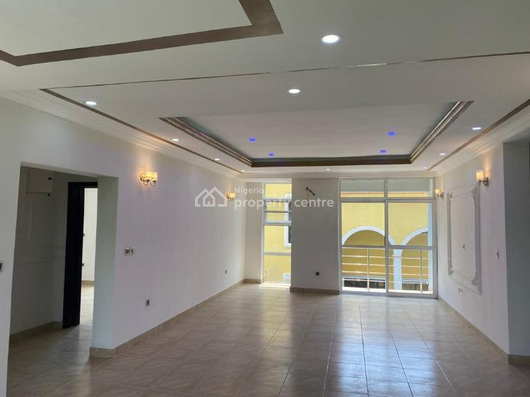 Spacious & Contemporary 2 Bedrooms Apartment with Furnitures, Chevron, Lekki, Lagos, Block of Flats for Sale